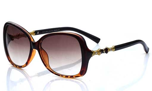 Oval prescription sunglasses